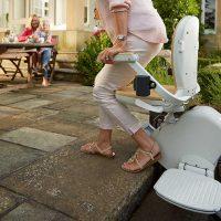 acorn-outdoor-swivel-seat